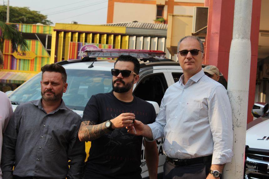 Município recebe quatro novas viaturas para trabalho das polícias