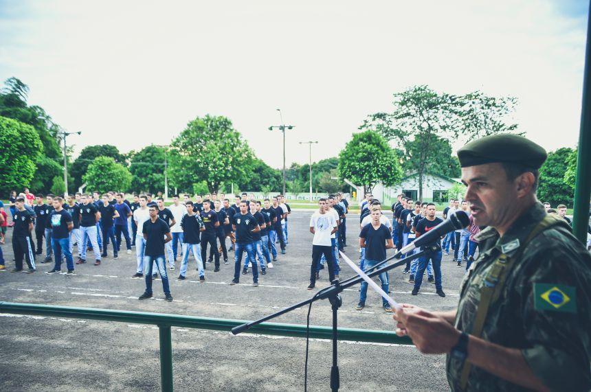Tiro de Guerra realizou formatura para os 93 alunos de 2017