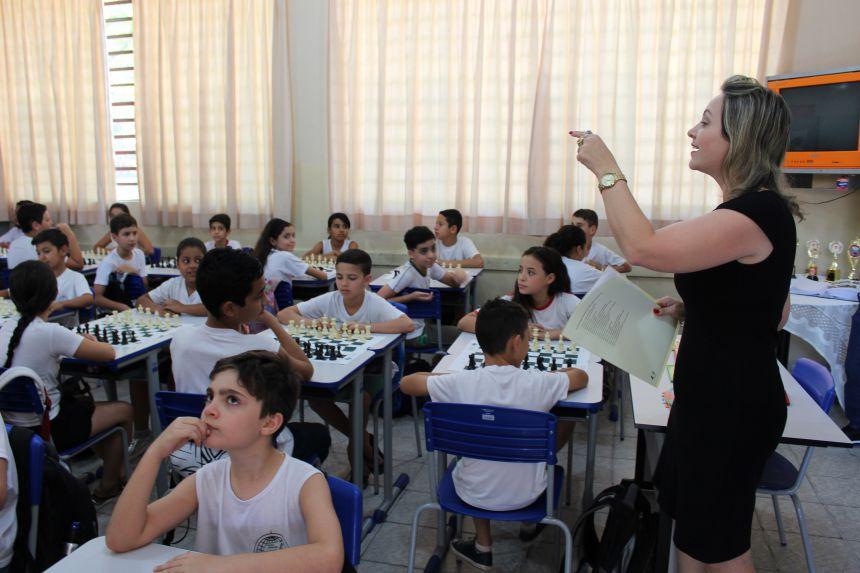 Educação retoma programa de Xadrez nas escolas municipais