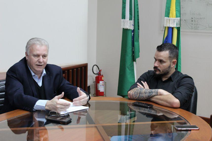 Prefeito KIQ recebe visita do deputado federal Edmar Arruda