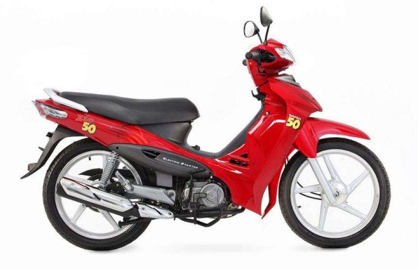 Condutores de moto 50cc precisam de porte de autorização, segundo o Contran