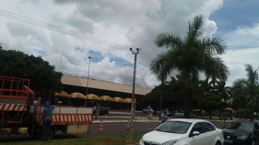 Prefeitura vai implantar radares fixos na cidade