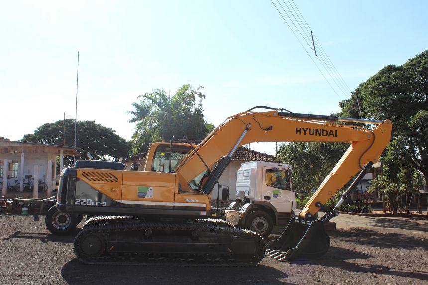 Prefeitura começa a renovar pátio de máquinas da Secretaria de Infraestrutura
