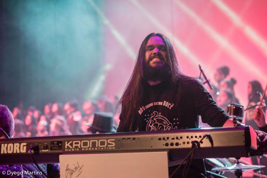 Paranavaí recebe curso gratuito de teclado com o artista Léo Carvalho na próxima semana