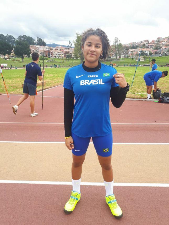 Atleta de Paranavaí é Campeã Brasileira Escolar de atletismo