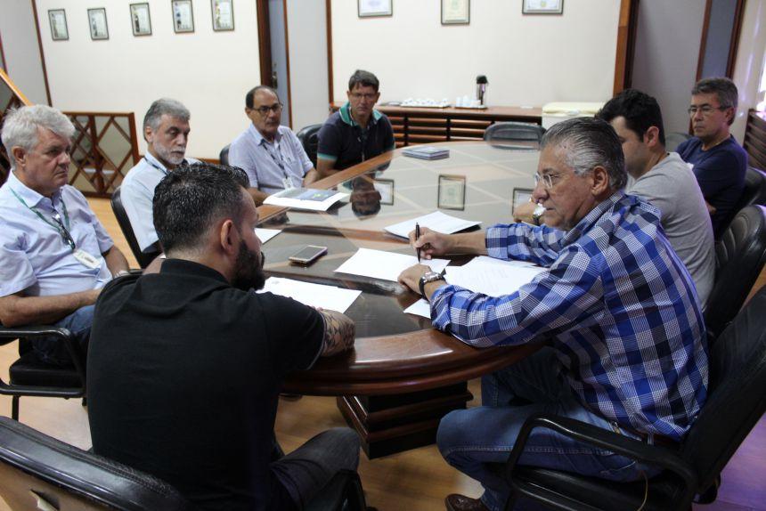 Emater fecha parceria com o município para a recuperação de estradas rurais