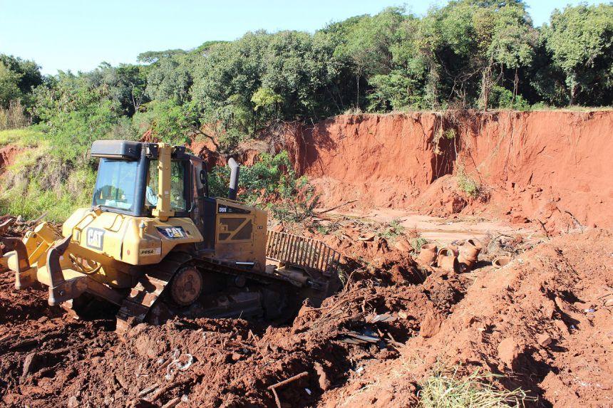 Infraestrutura começou a recuperar erosão no Jardim São Jorge