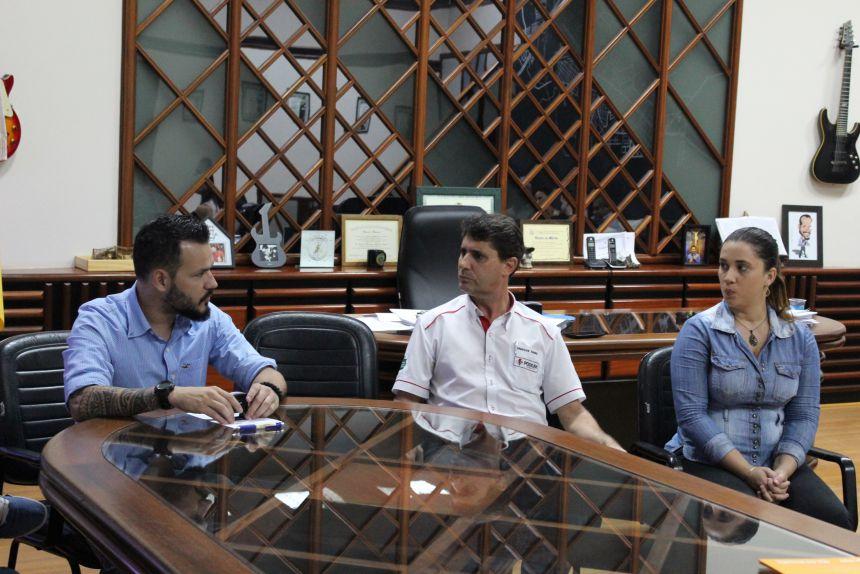 Prefeito KIQ se reúne com o Observatório Social e garante parceria para gestão transparente