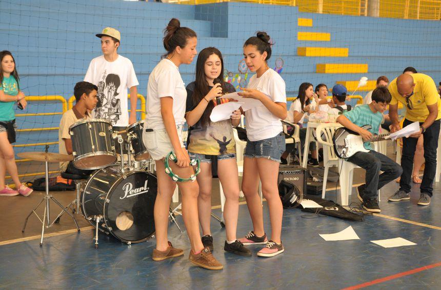 Dia do Adolescente terá atividades especiais na sexta