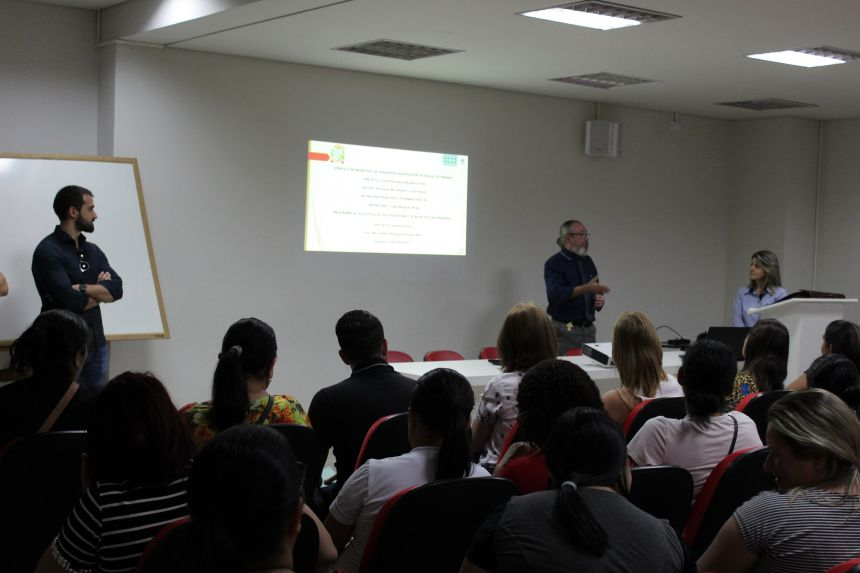 Prefeitura e Unespar iniciam curso de Qualificação Profissional para servidores