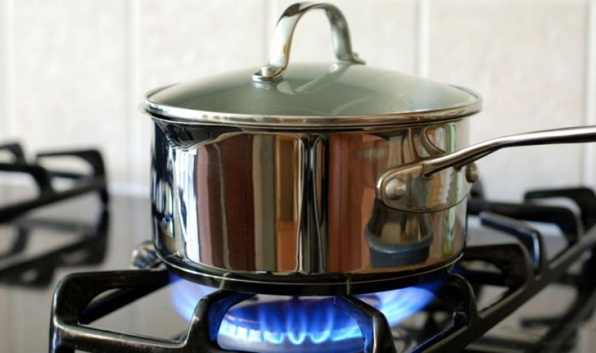 Pesquisa do Procon aponta variação de até 30% no preço do gás de cozinha