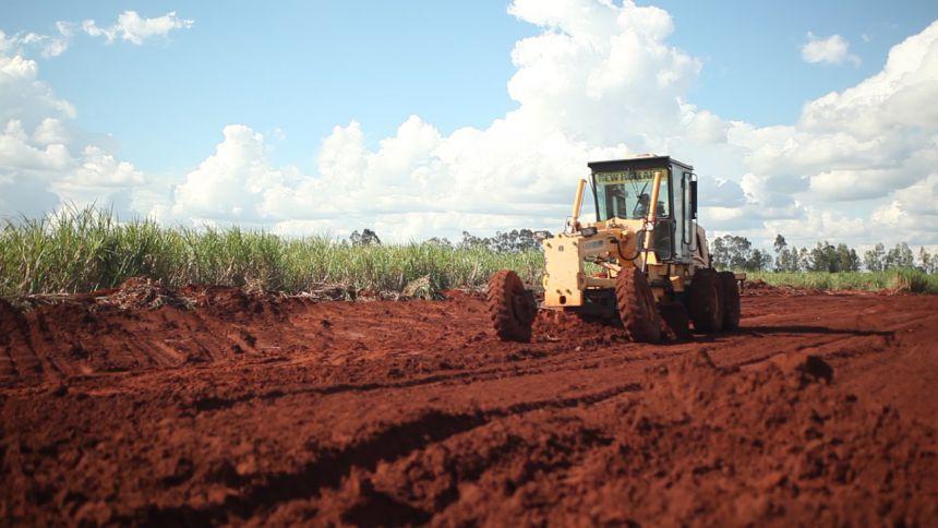 Agricultura finaliza readequação de 8 km da Estrada 25, em Graciosa