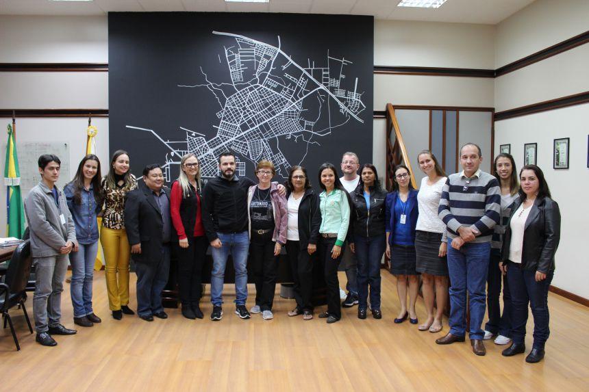 Prefeito KIQ dá posse aos 32 membros do CMDCA