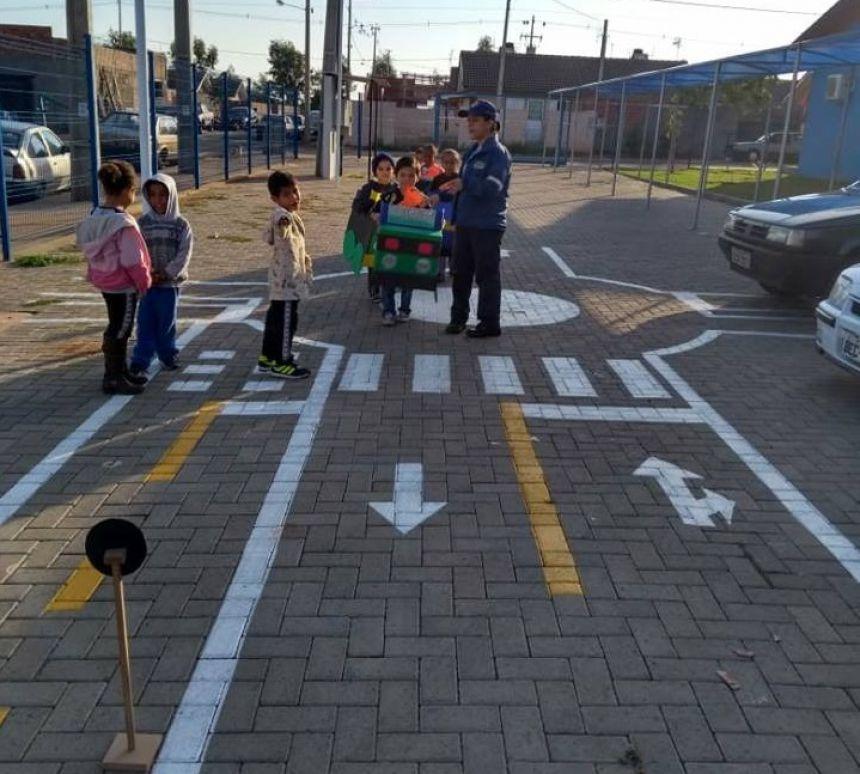 Prefeitura trabalha projeto de educação no trânsito em Paranavaí