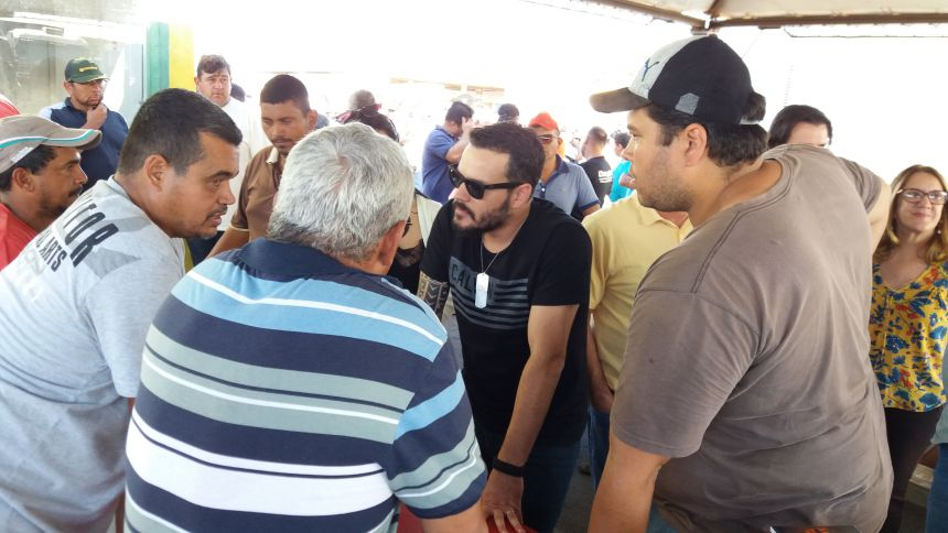 Município faz atendimentos de Saúde a caminhoneiros que participam da mobilização em Paranavaí