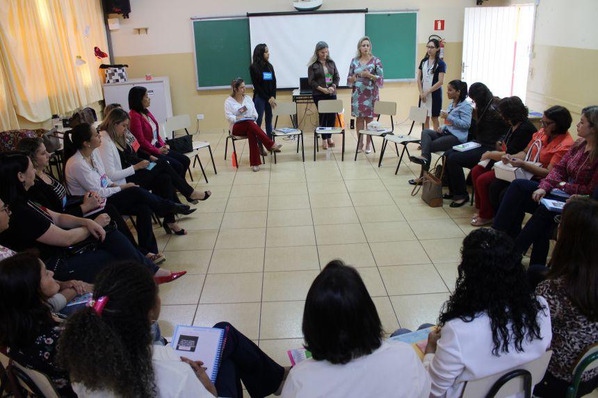 Escolas de Paranavaí começam a trabalhar Práticas Restaurativas para solução de conflitos