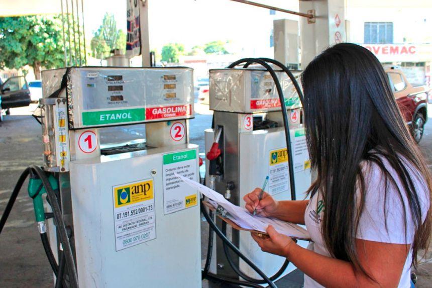 Procon faz balanço sobre pesquisas de preço de combustível em 2018