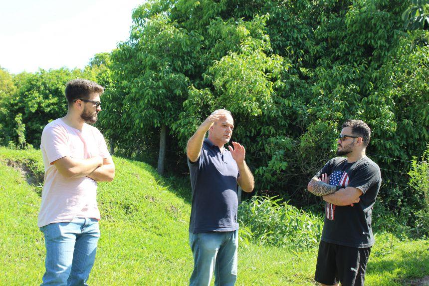 Prefeito KIQ leva equipe técnica para avaliar projetos sobre parques