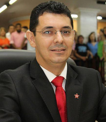 Carlos Alberto João (Professor Carlos)